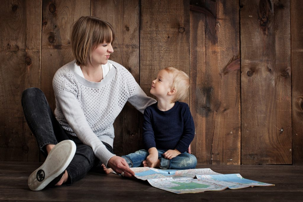 Forgiving yourself for parenting mistakes. A psychiatrist offers her wisdom on letting go of parenting shame. #mommyguilt #mommyguiltworkingmoms #parentguilt #forgiveyourself #parenting